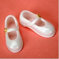 Туфельки без каблука белые