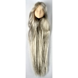 Голова девушки классическая первой модели, белый тон, серебряные волосы.