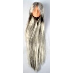 Голова девушки классическая, натуральный тон, модель 1, серебряные волосы.